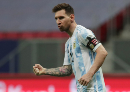 Legenda: Messi neaplenks Maradonos net ir 4 kartus tapęs pasaulio čempionu