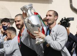 """G. Chiellini nori ilgiau nei vieną sezoną žaisti """"Juventus"""" ekipoje"""