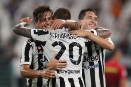 """Draugiškos rungtynės: """"Juventus"""" pergalė ir E. Džeko įvartis prieš oficialų pristatymą"""