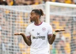 """I. Toney vedamas """"Brentford"""" pratęsė gerą sezono startą """"Wolves"""" tvirtovėje"""