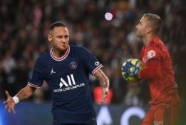 """PSG paskutinę minutę sugebėjo įveikti Liono """"Olympique"""""""