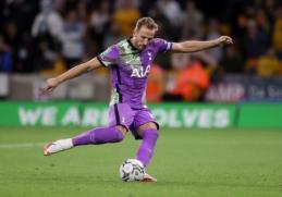"""Anglijos lygos taurė: """"Chelsea"""" ir """"Tottenham"""" prireikė 11 m baudinių, """"Man Utd"""" krito iš turnyro"""