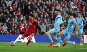 """Fantastiškos rungtynės tarp """"Liverpool"""" ir """"Man City"""" baigėsi taikiai"""