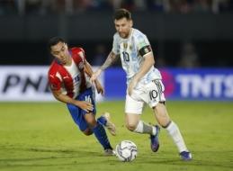 PČ atranka: Argentina neįveikė Paragvajaus. Urugvajus išsiskyrė taikiai su Kolumbija