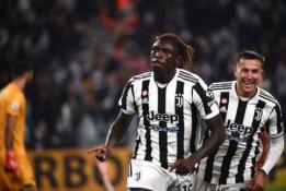 """""""Juventus"""" svarbioje dvikovoje palaužė """"AS Roma"""""""
