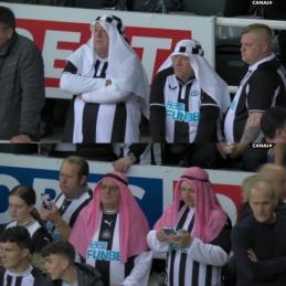"""""""Newcastle"""" fanai jau puošiasi ypatinga apranga"""