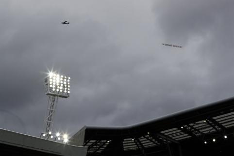 """""""Arsenal"""" sirgalių nuomonė apie A. Wengerą"""