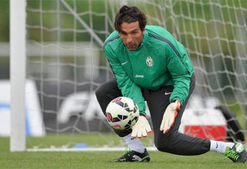 """Pasaulio čempionate žaidę """"Juventus"""" futbolininkai sugrįžo į treniruotes"""