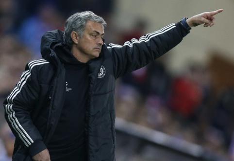 J.Mourinho: L.van Gaalas puikus treneris, bet jis manęs negąsdina