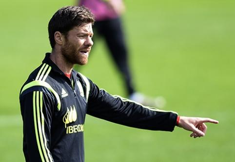 """Oficialu: """"Bayern"""" ekipą papildė X.Alonso"""