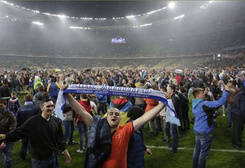 """""""Dnipro"""" futbolininkai savo pergalę skyrė Ukrainai"""