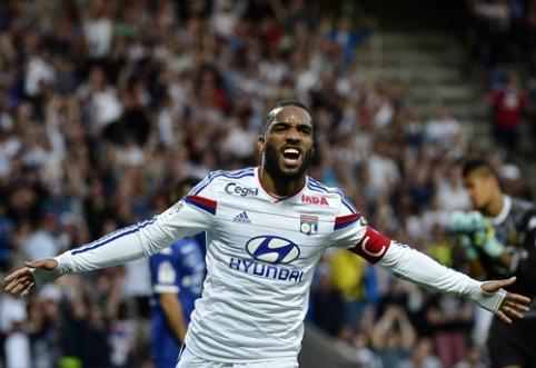 """Chelsea"" pasiūlymas už A.Lacazette - 20 mln. eurų ir L.Remy"