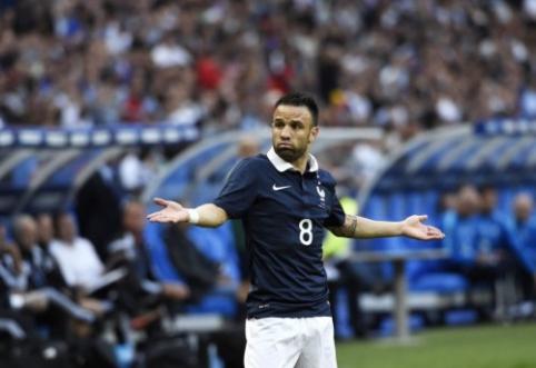"""Rugpjūčio 8 d. transferai ir gandai: """"Lyon"""" išsaugos A. Lacazette'ą ir nori prisivilioti M. Valbuena"""