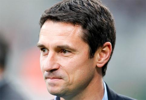 """Be trenerio likusi """"Aston Villa"""" atidžiai renkasi komandos gelbėtoją"""