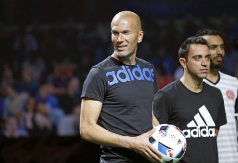 """Ispanijos spauda: Z. Zidane'o galimybės perimti """"Real"""" vairą didėja"""