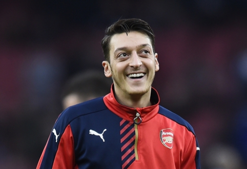 """M. Ozilas neigia """"Arsenal"""" pranešimus: esu sveikas"""