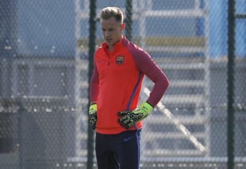 """""""Barca"""" ketina pratęsti sutartį su M. ter Stegenu"""