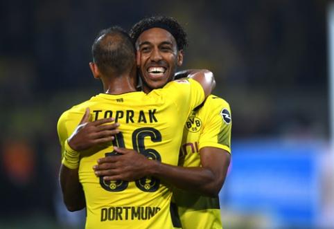 """""""Borussia"""" su P. Aubameyangu """"subombardavo"""" """"Gladbach"""" vartus (VIDEO)"""