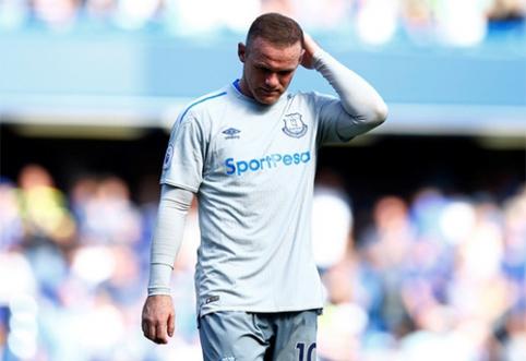 W.Rooney sulaikytas girtas