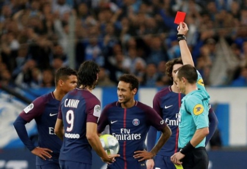 Prancūzijoje - M. Depay'aus hat-trickas ir vos išplėštos PSG lygiosios (VIDEO)