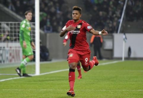 """""""Arsenal"""" pirmauja kovoje dėl """"Bayer"""" talento"""