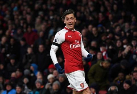 """M. Ozilas atsisako pats palikti """"Arsenal"""""""
