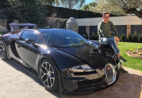 POP: C.Ronaldo automobilių vertė atima žadą (FOTO)