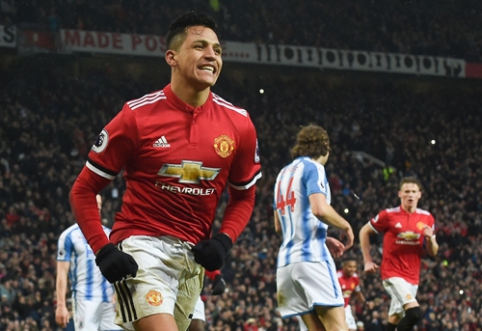 """Man Utd"" pergalė pažymėta A. Sanchezo įvarčiu, ""Burnley"" atėmė taškus iš ""Man City"" (VIDEO)"