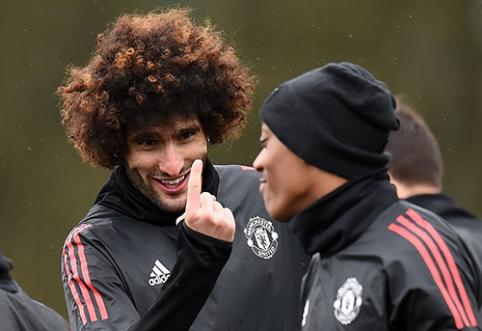 """POP: Nauja šukuosena M.Fellaini pribloškė """"Man Utd"""" gerbėjus (FOTO)"""