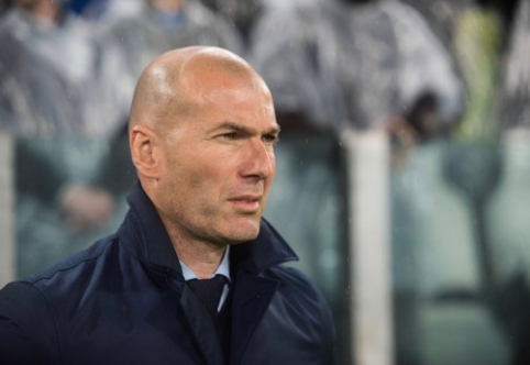 "Z. Zidane'as: mes nepagerbsime ""Barcos"" triumfo Ispanijoje"