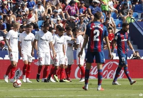 """Ispanijoje - aštuonių įvarčių dvikova, pasibaigusi triuškinančia """"Sevilla"""" pergale"""