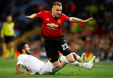 """""""Man Utd"""" pasiruošusi pakelti atlyginimą L.Shaw"""