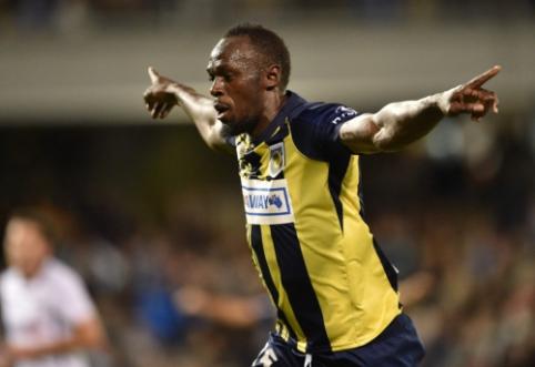 Australijoje futbolą žaidžiantis U. Boltas įmušė pirmuosius du karjeros įvarčius