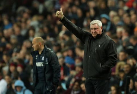 """""""Aston Villa"""" atleido S. Bruce'ą"""