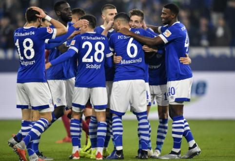 """""""Schalke"""" įvarčiai mačo pabaigoje parbloškė """"Nurnberg"""""""