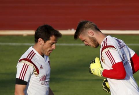 Paranoja? J. Mourinho dėl prasto De Gea pasirodymo rinktinėje kaltina I. Casillasą