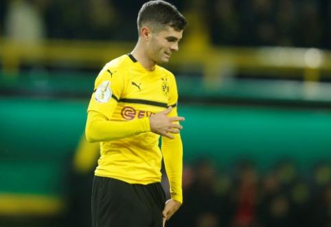 """""""Borussia"""" paneigė gandus, kad jau šią žiemą parduos C. Pulisicą"""