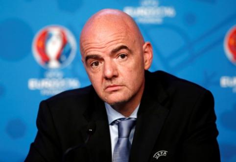 FIFA prezidentas žada uždrausti žaidėjams dalyvauti pasaulio čempionate, jei šie žais Superlygoje