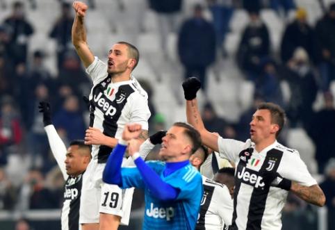 """Čempionai išlieka nepralaimėję: """"Juventus"""" minimaliu skirtumu patiesė """"AS Roma"""""""