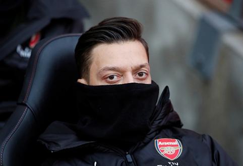 """""""Arsenal"""" yra pasiruošęs išklausyti pasiūlymus dėl M.Ozilo"""