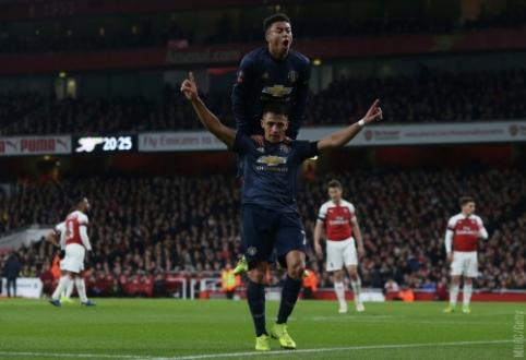 """Nenutrūkstanti pergalių serija: """"Man Utd"""" iš FA taurės išmetė """"Arsenal"""" ekipą"""