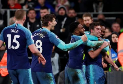 """""""Tottenham"""" paskutinę minutę įveikė """"Fulham"""", """"Man City"""" neturėjo vargo su """"Huddersfield"""""""