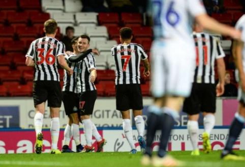 """""""Newcastle"""" po pratęsimo prasibrovė į kitą FA taurės etapą"""