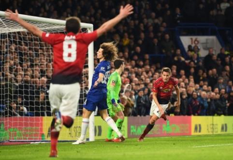 """""""Man Utd"""" be vargo susitvarkė su """"Chelsea"""" ir žengė į FA taurės ketvirtfinalį (+ burtai)"""