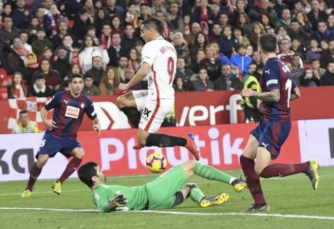 """""""La Liga"""": """"Sevilla"""" pasiekė neįtikėtinas lygiąsias, """"Real Betis"""" krito išvykoje"""