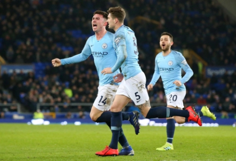 """""""Man City"""" įveikė """"Everton"""" ir susilygino taškais su """"Liverpool"""""""