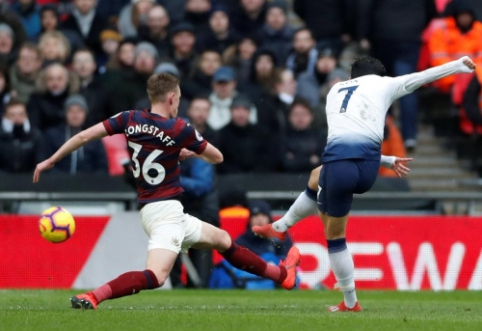 """Vartininko klaida nulėmė """"Tottenham"""" pergalę prieš """"Newcastle"""""""
