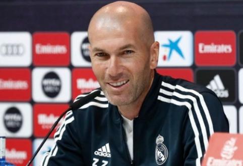 """Z. Zidane'as apie galimą P. Pogba atvykimą į """"Real"""": """"Kodėl gi ne?"""""""