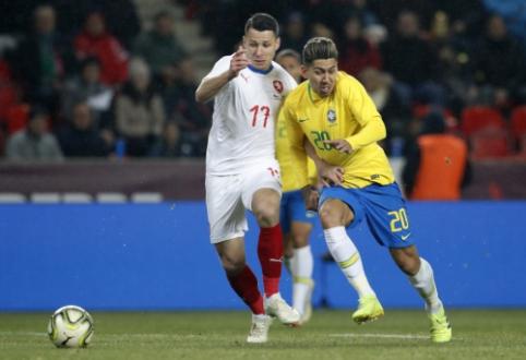 Draugiškose rungtynėse – sunkios Argentinos ir Brazilijos rinktinių pergalės