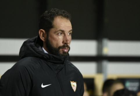 """Iš Europos lygos pasitraukusi """"Sevilla"""" atleido P. Machiną"""